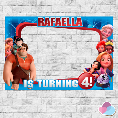 Wreck-It Ralph Photo Booth...