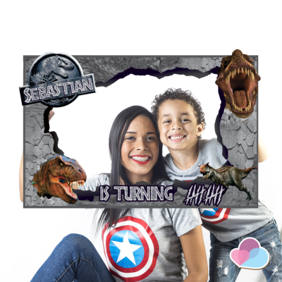 Jurassic word Photo Booth...